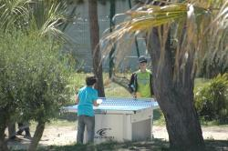 La table de ping-pong en plein air